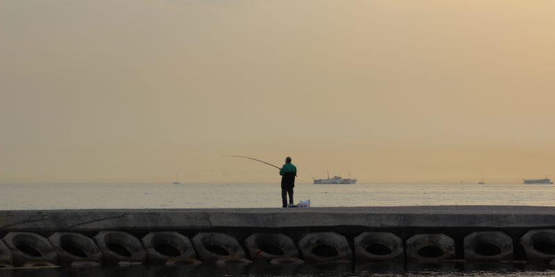 Pesca deportiva en puertos de Galicia